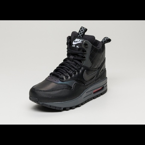 best service 2bbdc 7f7e3 Nike Air Max 1 mid sneaker boot